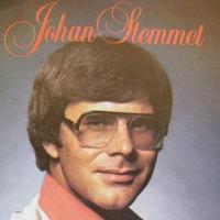 Johan Stemmet is kandidaat 4, en hy het 'n besliste voorsprong bo die ander: Hy leef nog. As mens kyk na die foto van Stemmet hiernaas sou mens amper dink ... - Stemmet