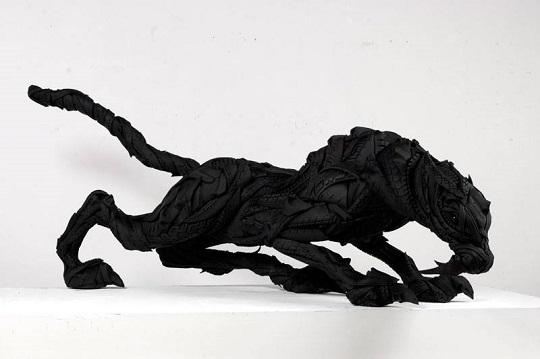 Yong Ho Ji tyre sculptures (3)