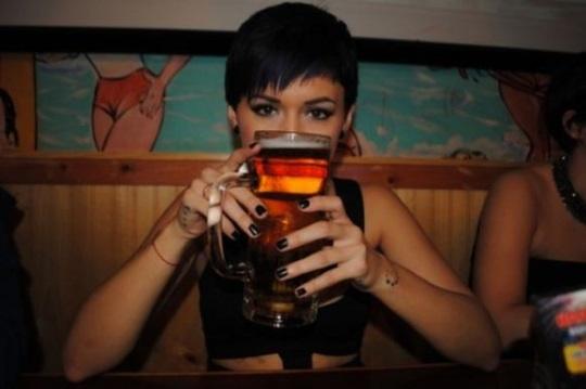 Nasionale Braaidag Gevaaalike Dames Bier