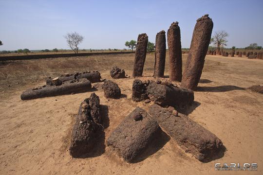 senegambian_stone_circles_at_wassu_by_solrac1993-d621dfa