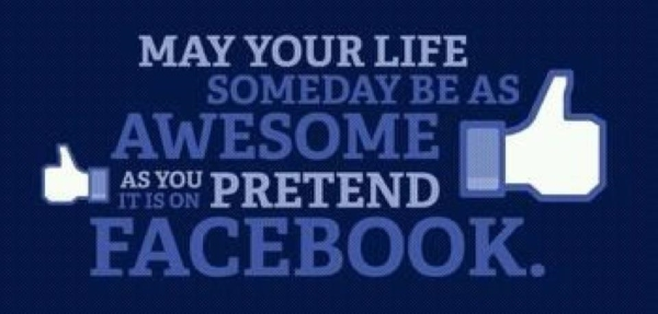Pretended-Life-on-Facebook