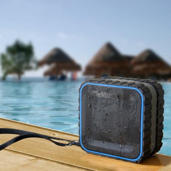 Waterproof Bluethooth Speaker Random Gevaaalikhede