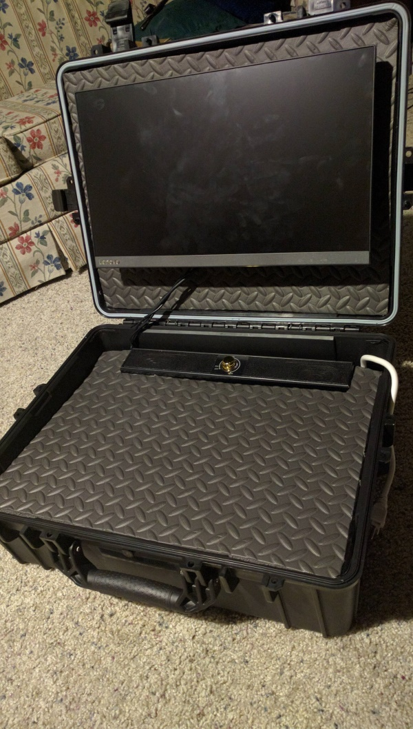 Custom made console travel case (3)