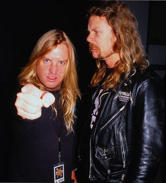 Jeff Hanneman saam met James Hetfield van Metallica