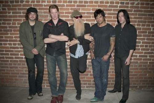 queens-of-the-stone-age-with-billy-gibbons